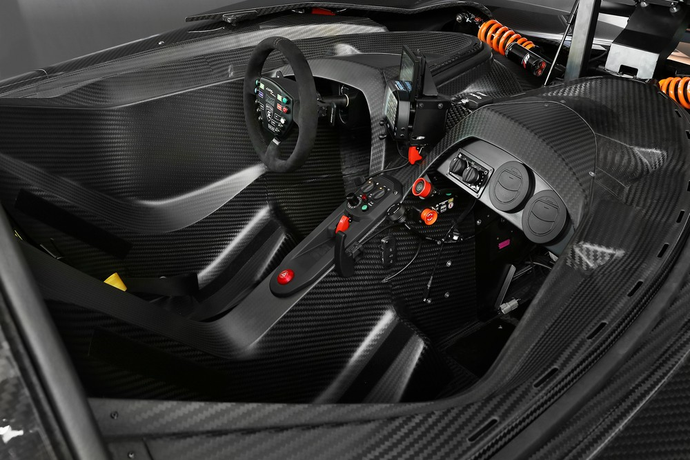 Ktm X Bow Gt on Car Exhaust Pipe Temperature
